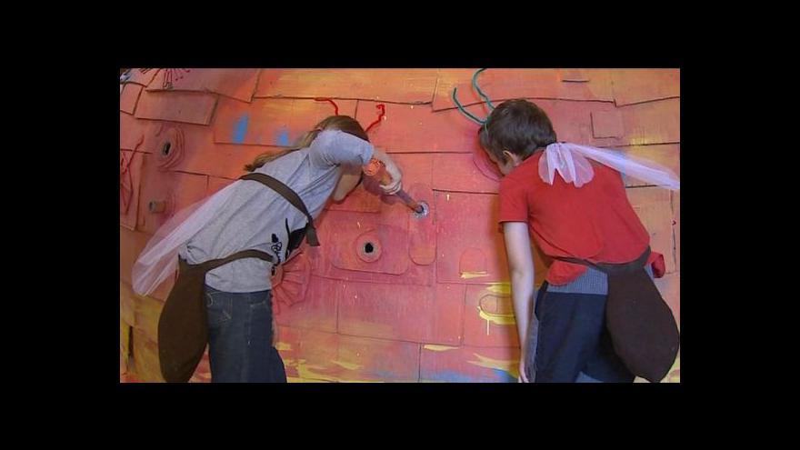 Video Sladovna vystavěla Mraveniště