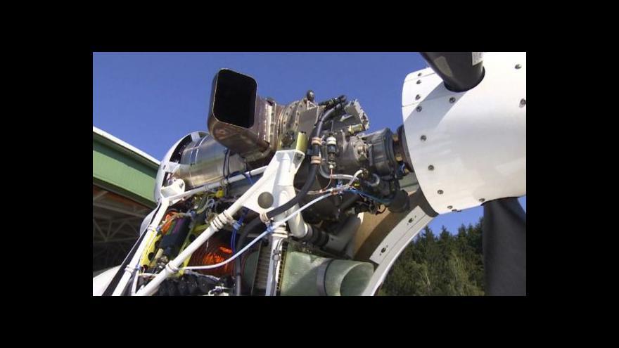 Video Čeští konstruktéři otestovali nový letecký motor