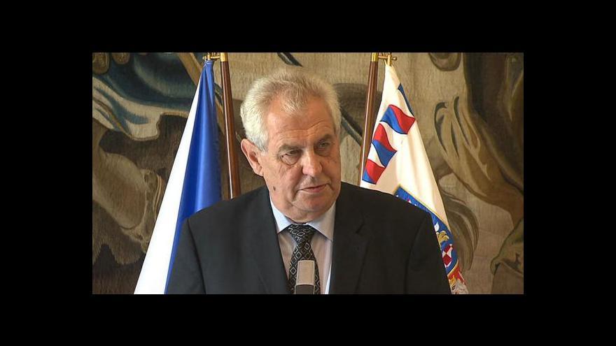 Video Brífink prezidenta Miloše Zemana na závěr návštěvy Zlínského kraje