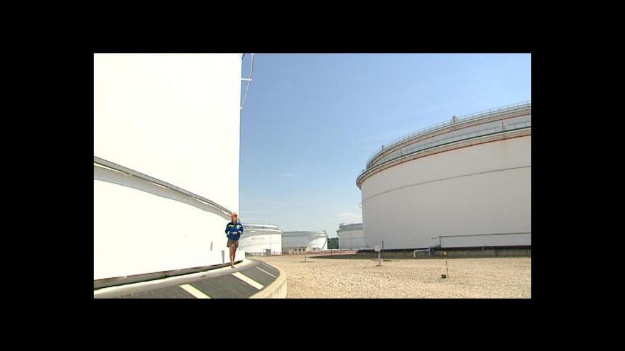 Video Scénář pro ropnou nouzi schválen