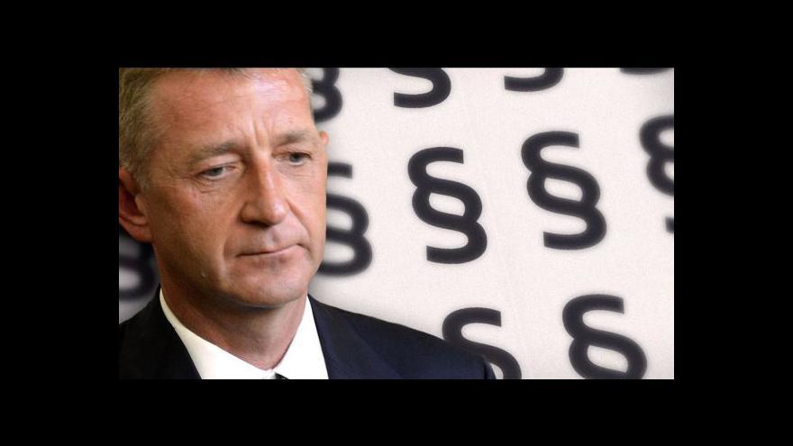 Video Soud odročil jednání v Janouškově kauze