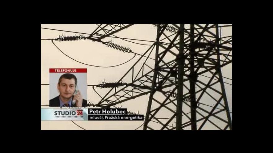 Video Telefonát mluvčího Pražské energetiky Petra Holubce