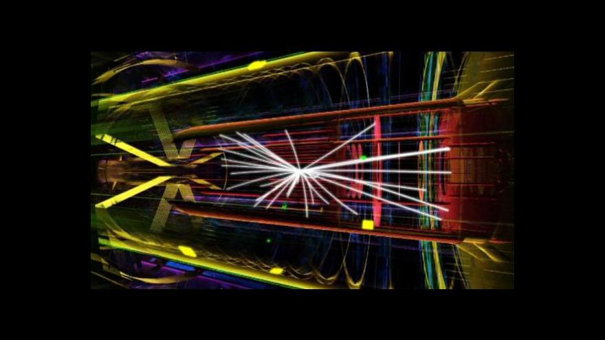Video Učitelé pronikají v CERNu do podstaty vesmíru