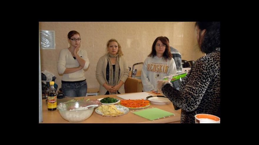 Video Podzim na ČT: Hospoda U Druhé šance a Žiješ jenom 2x