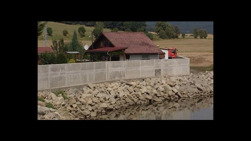 Video Svrčovec bude mít v říjnu kompletní protipovodňovou hráz