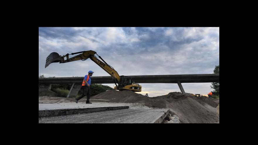 Video Zuzana Smiešková o stržení mostů na D1