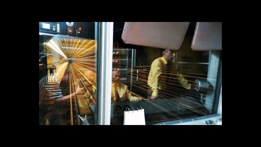 Video Praha si připomíná otevření trasy metra A