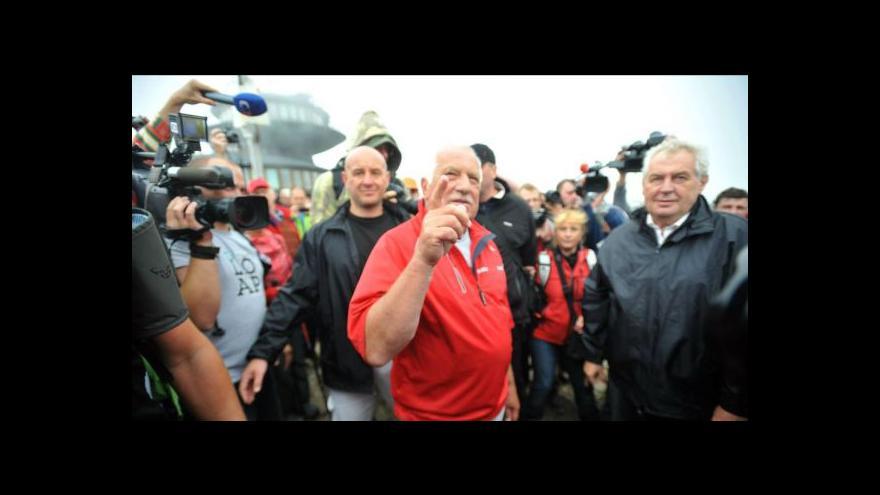 Video Události: Klaus a Zeman o politice na Sněžce