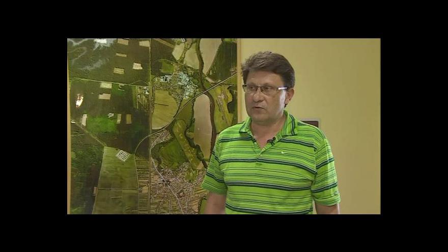 Video Starosta Rohatce Miroslav Králík (NEZ) o sporu o pozemek pod hřištěm