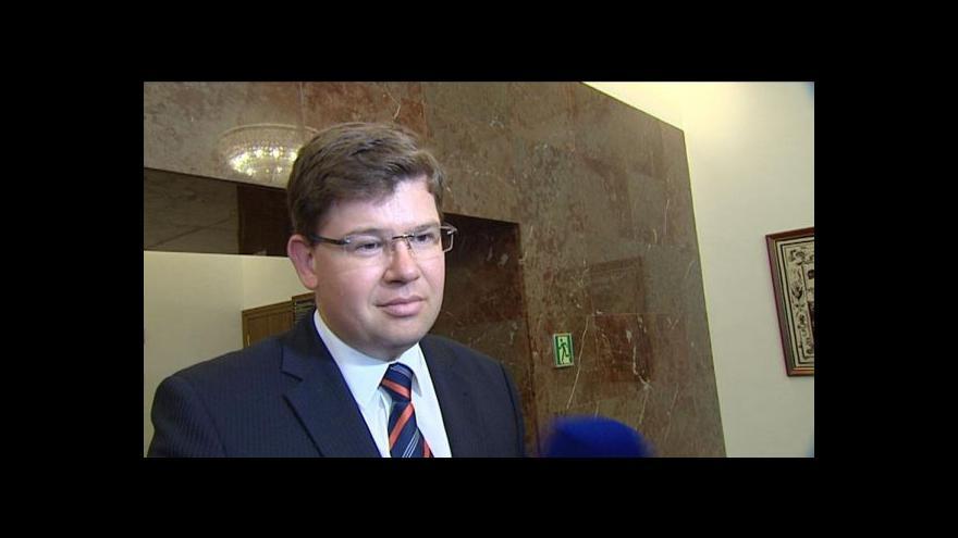 Video Reakce  Miroslava Kalouska, Jiřího Pospíšila a Karla Schwarzenberga na projev prezidenta