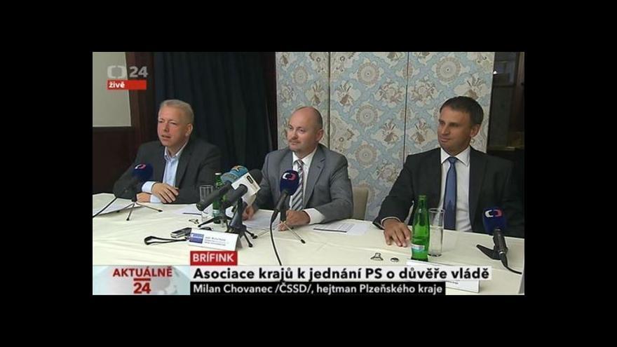 Video Brífink Asociace krajů ČR k hlasování o důvěře pro Rusnokovu vládu