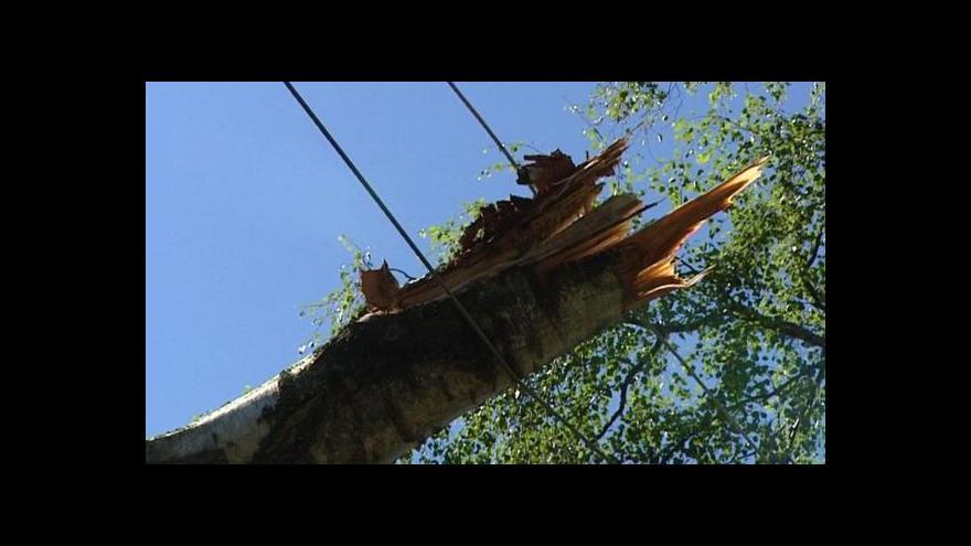 Video Zprávy ve 12 k situaci po víkendových bouřkách