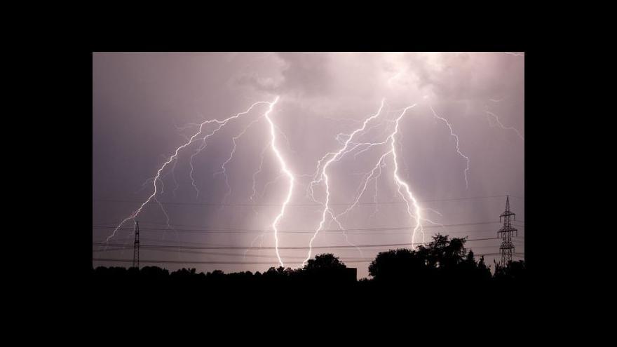 Video Vedra znovu vystřídala studená fronta s bouřkami