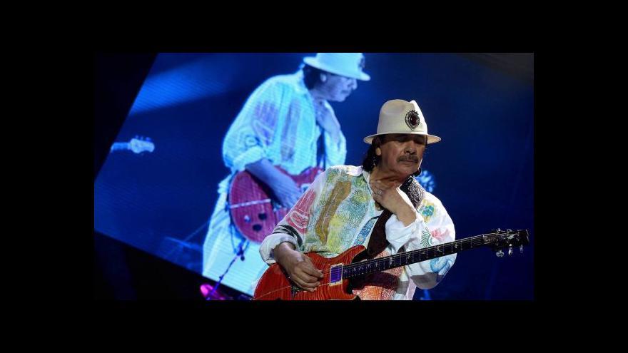 Video V Praze zahrál Carlos Santana