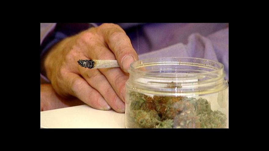 Video Větší než malé množství drogy už nebudou určovat vládní tabulky