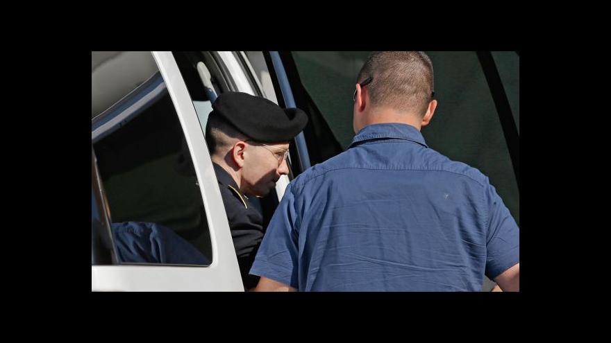 Video Soud uznal Manninga vinným v 21 bodech obžaloby