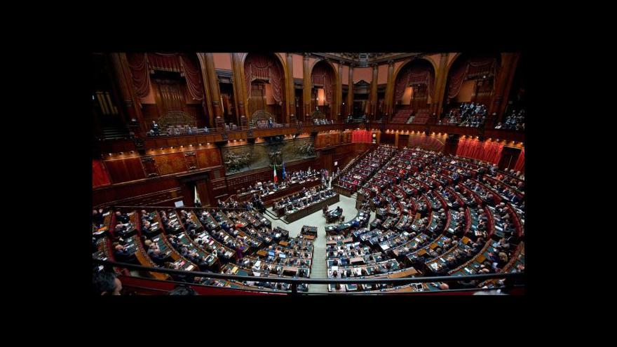Video Itálie čeká na rozsudek pro Berlusconiho