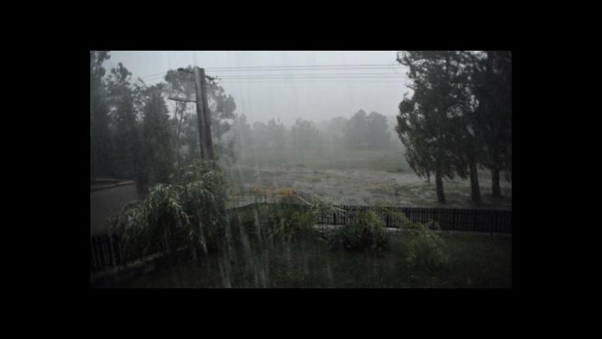 Video Zprávy ve 12 o nočních bouřkách