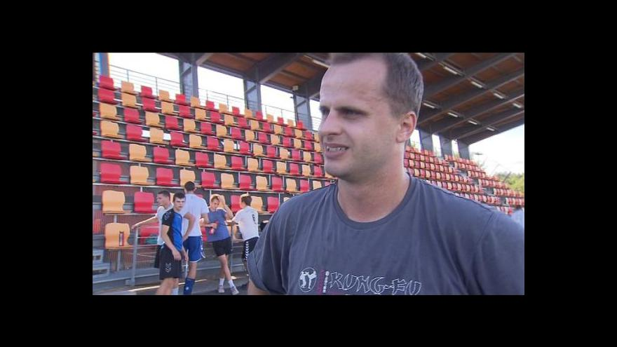 Video Rozhovor s posilou Tomášem Perničkou