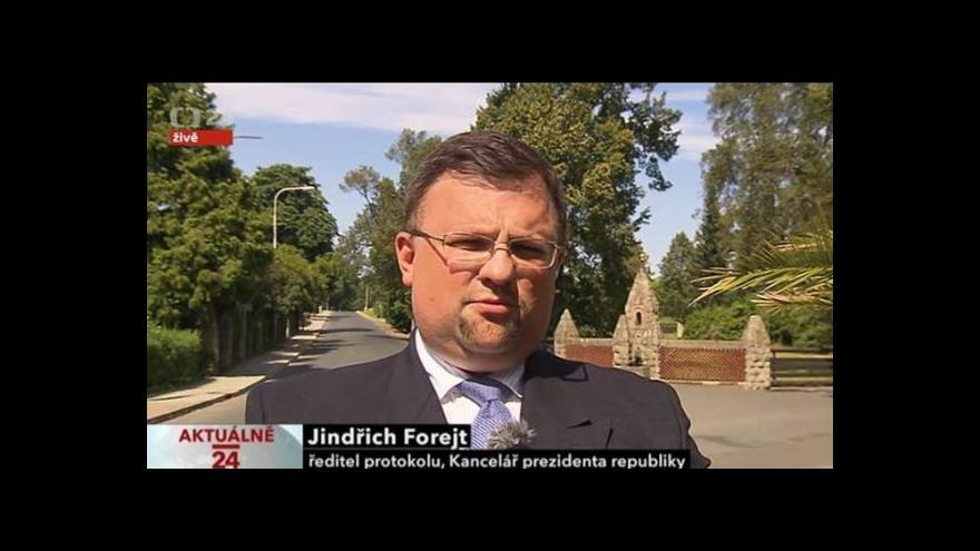 Video Slavnostní salvy a komentář Jindřicha Forejta
