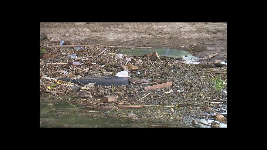 Video Starosta Zálezlic k protipovodňové hrázi