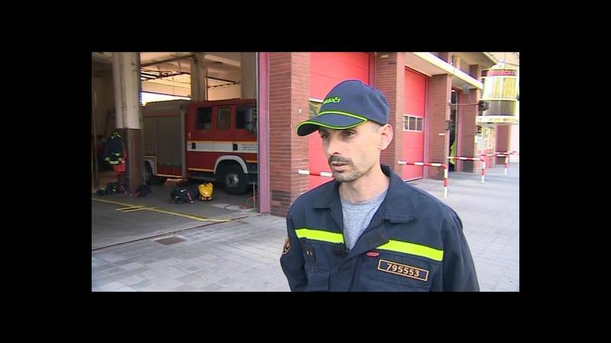 Video Mluvčí jihomoravských hasičů Jaroslav Mikoška o požárech