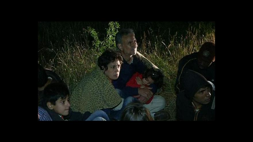 Video Srbsko čelí přívalu tisíců uprchlíků