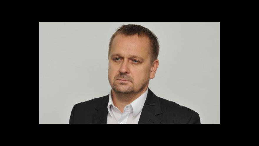 Video Rozhovor s komentátorem HN Petrem Fischerem