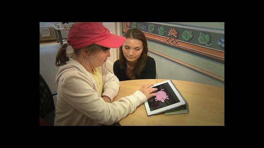 Video Tablety pomáhají dětem s handicapem