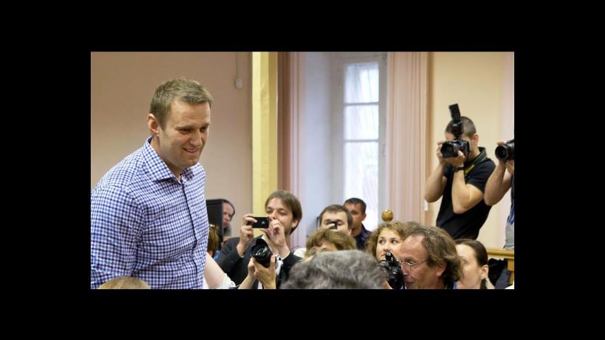Video Soud poslal Navalného na pět let za mříže