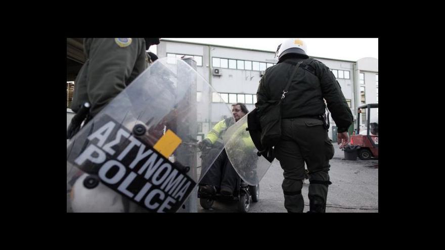 Video Řecko si odsouhlasilo další kolo škrtů