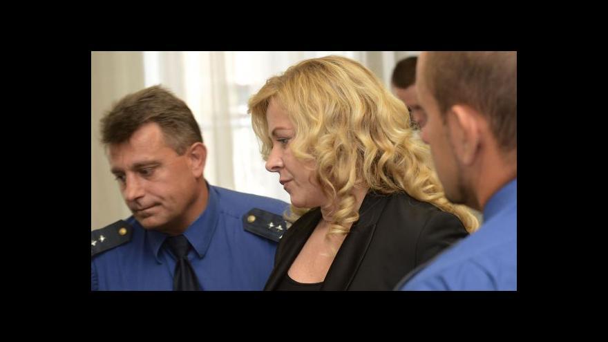 Video Ve vazbě zůstávají celkem čtyři lidé