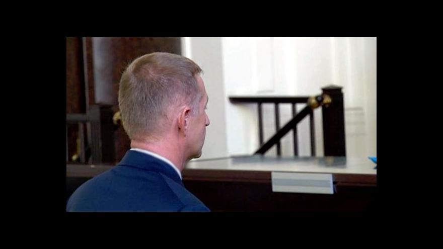 Video Prohlášení Romana Janouška u soudu