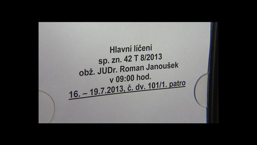 Video Případ Janoušek u soudu - den první