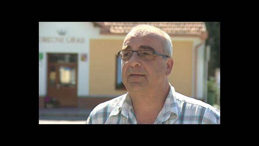 Video O kostkách hovoří starosta Ochoze u Brna Vlastimil Čoupek (STAN)