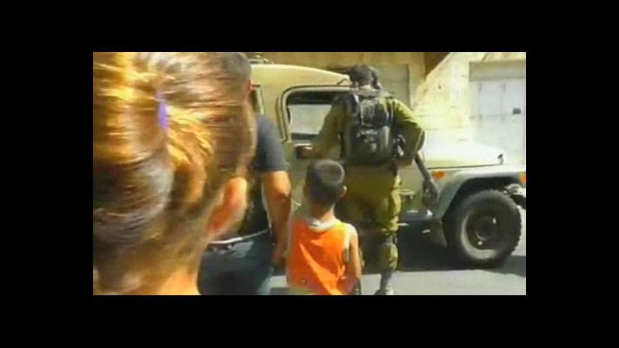 Video Izraelská armáda zadržela pětiletého Palestince