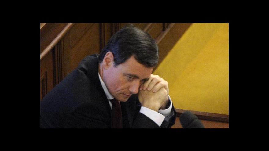 Video Rath hlasovat o rozpuštění sněmovny nebude