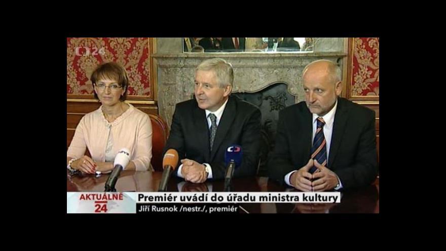 Video Premiér uvádí do úřadu ministra kultury