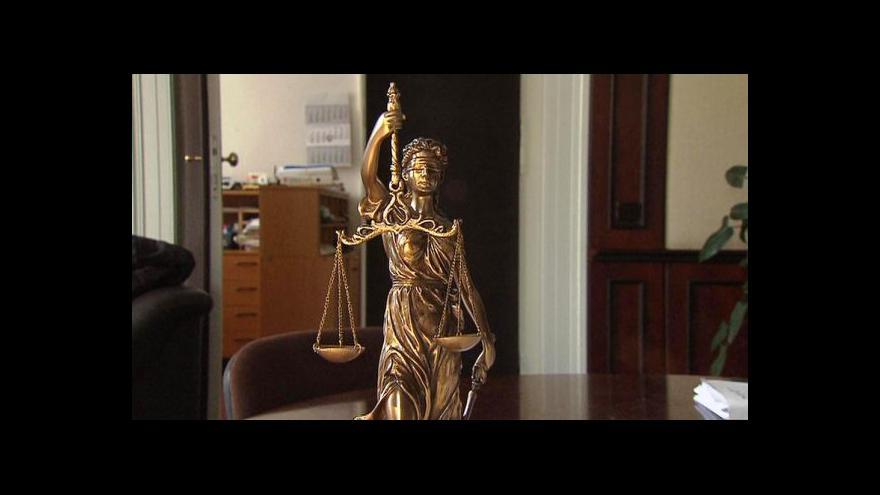 Video Rozhovor s právníkem Robertem Pelikánem
