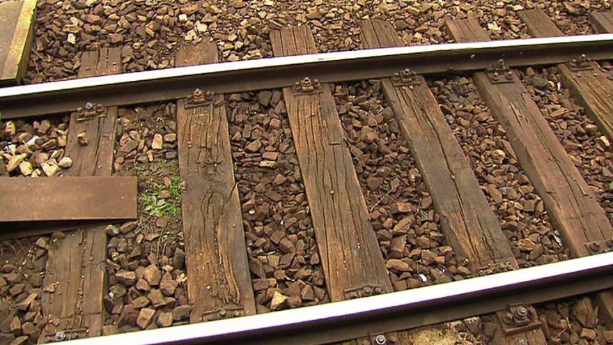 Video Události: Soud otevřel případ smrti dívky, která vypadla z vlaku