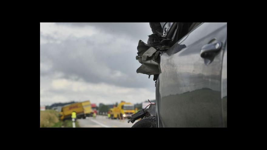 Video Řidiči obou aut popisují, jak k nehodě došlo