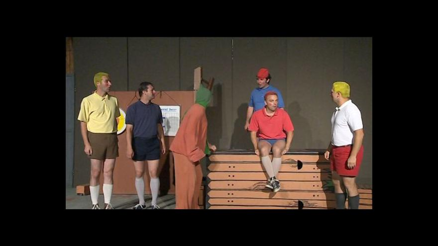 Video NO COMMENT: Ukázka z komedie Rychlé šípy