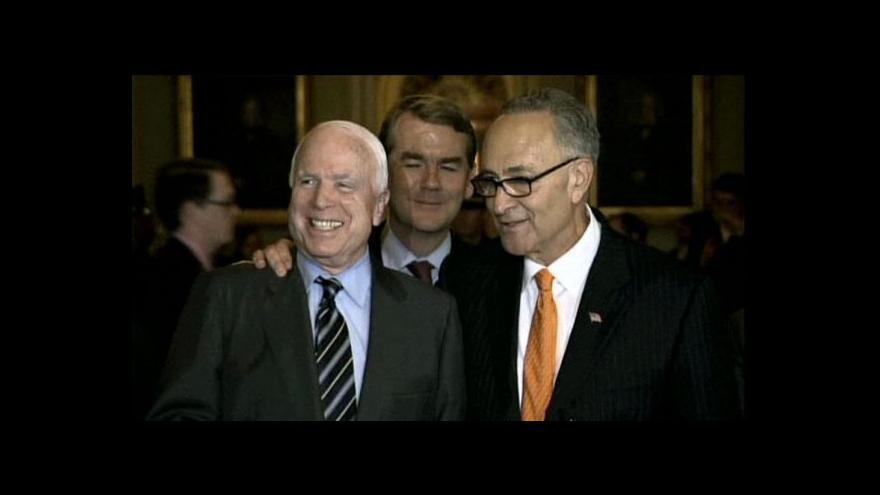 Video Senát USA schválil přelomový imigrační zákon