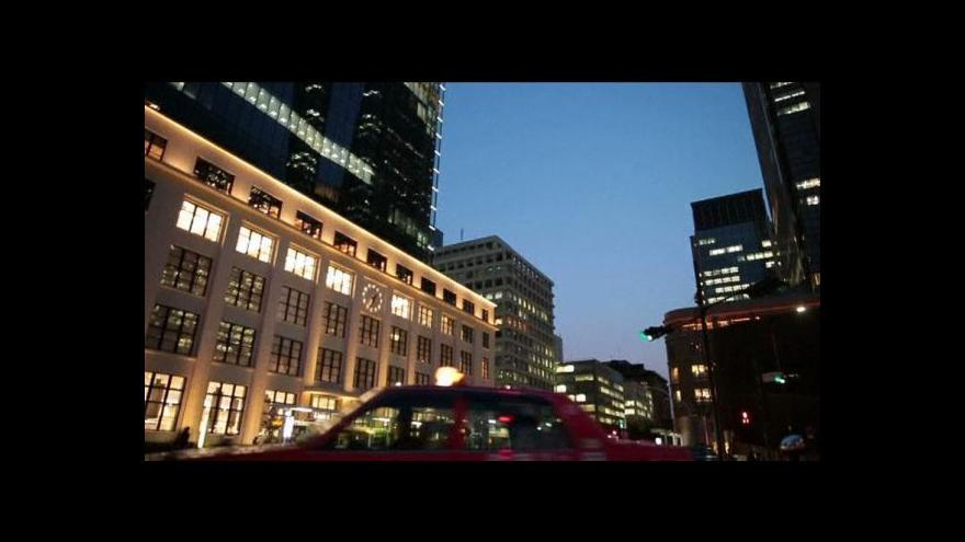 Video Zahraniční firmy houfně investují do japonských firem