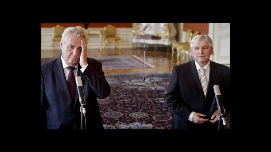 Video Reportáž o možných změnách ústavy