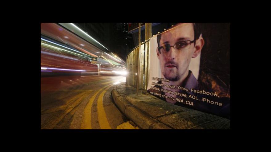 Video Snowden nemůže z moskevského letiště