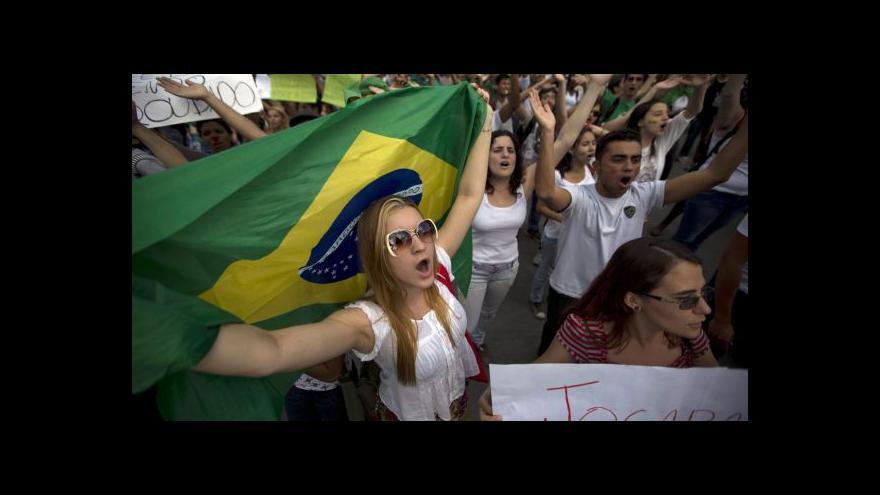 Video Brazilští demonstranti uspěli s kritikou změn ústavy