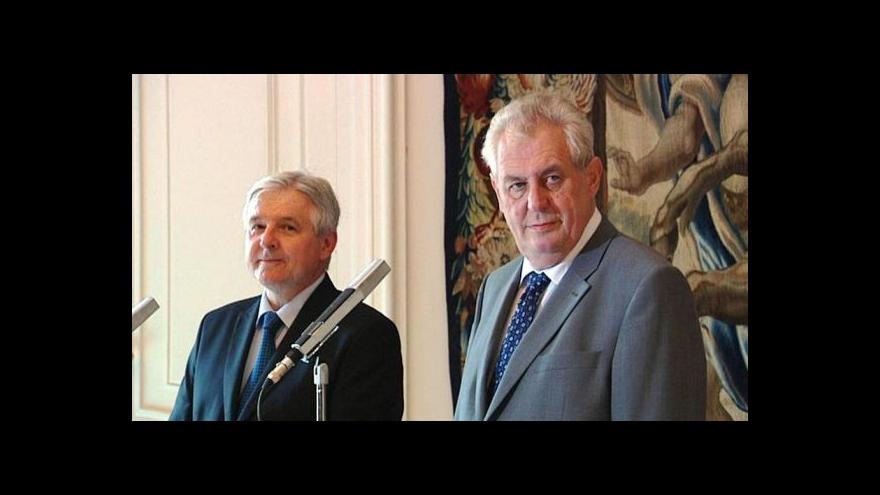 Video Prezident jmenoval premiérem Jiřího Rusnoka