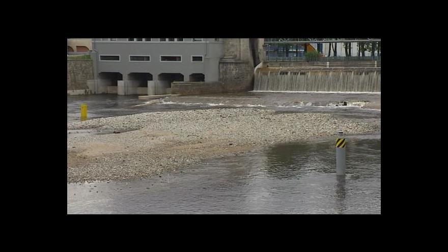 Video Veronika Kabátová o plavební výluce na střední Vltavě