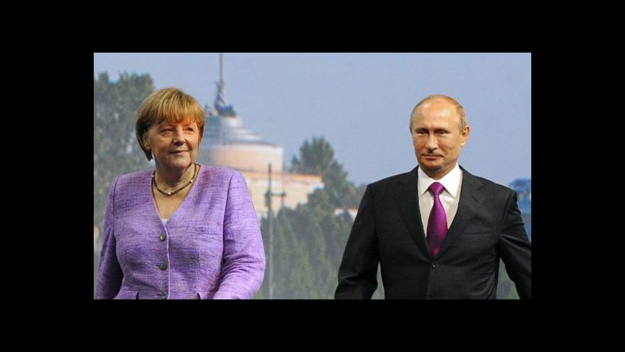 Video Merkelová a Putin se neshodli na osudu uměleckých památek